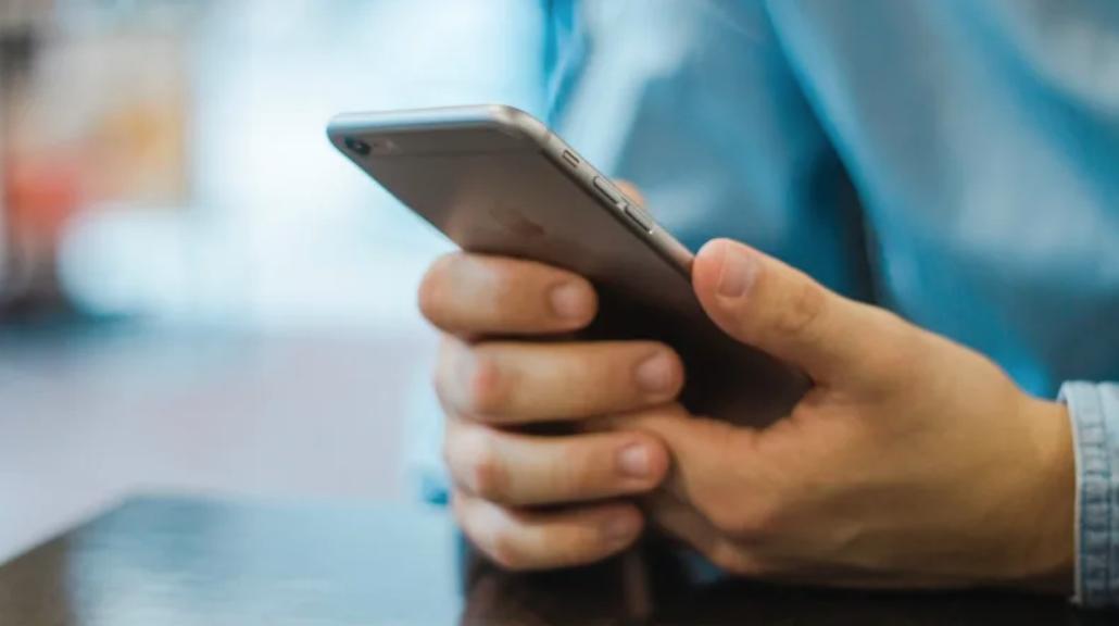 Bangladesh begins biometric mobile phone registration